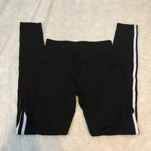 NEW leggings with pocket size small